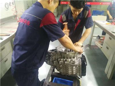 宝马5系变速箱维修